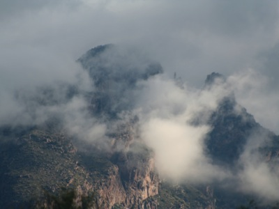 2006_9_8_Clouds_on_the_Catalinas_files_shapeimage_2.png